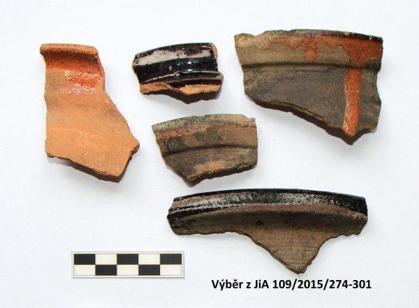Výběr novověkých zlomků keramiky